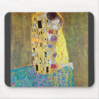 The Kiss 2 by Gustav Klimt Mousepad