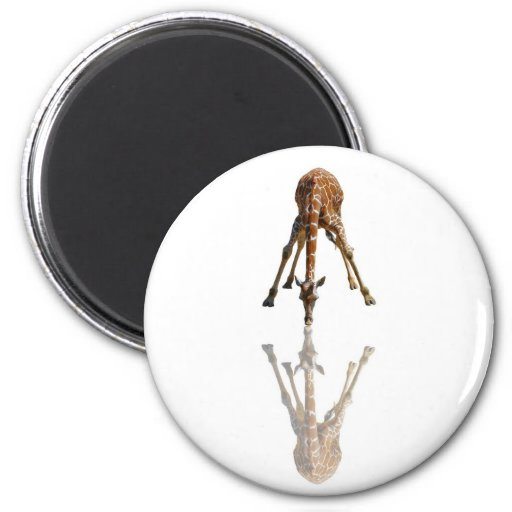 THE KISS 2 INCH ROUND MAGNET