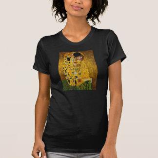 The Kiss by Gustav Klimt T-Shirt