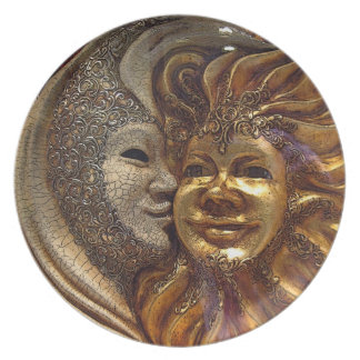 The Kiss Plate