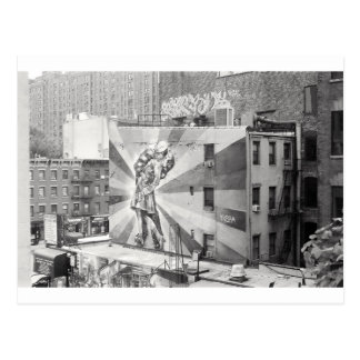 The Kissers photograph mural, Highline NYC Postcard