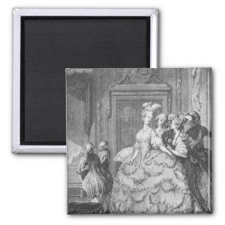 The lady at the Palais de la Reine Magnet