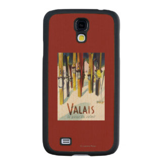 The Land of Sunshine - Skis Standing in Snow Carved® Maple Galaxy S4 Case