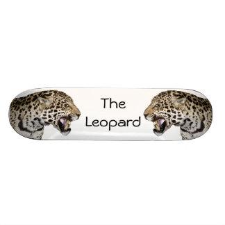 The Leopard Skateboard