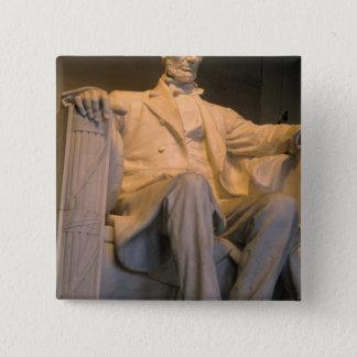 The Lincoln Memorial in Washington DC. Button
