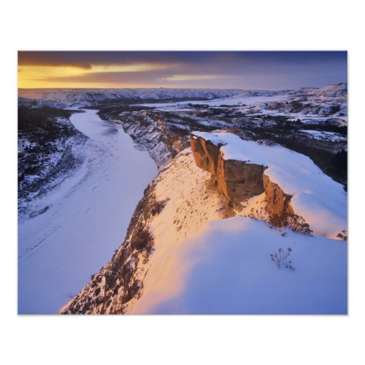 The Little Missouri River in winter in Photographic Print