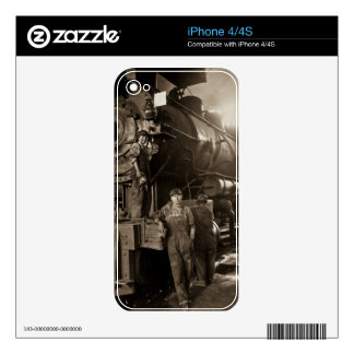 The Locomotive Ladies of World War I Skins For The iPhone 4S