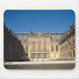 The Louis XIII Courtyard Mouse Pad