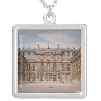 The Louis XIII Courtyard, or the Marble Silver Plated Necklace