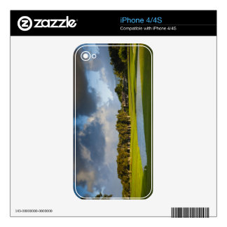 The Makai golf course in Princeville 4 Skins For iPhone 4S