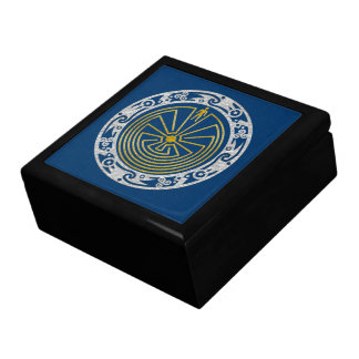 The Man in the Maze - Ornament gold silver Jewelry Boxes