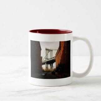 The Manhattan Bridge, A Street View Mugs