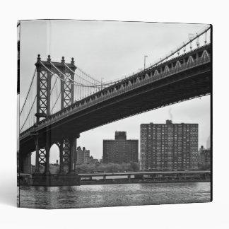 The Manhattan Bridge in New York City Vinyl Binders