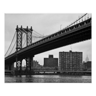 The Manhattan Bridge in New York City Poster