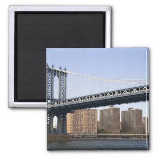 The Manhattan Bridge spanning the East River Magnet