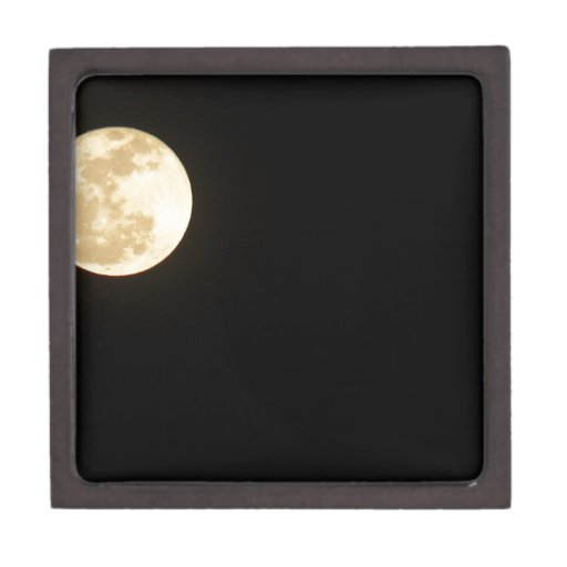 The Moon Premium Gift Box