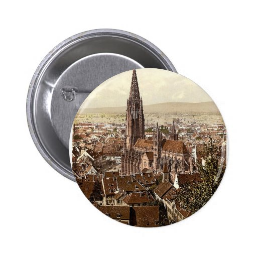 The Munster, Freiburg, Baden, Germany magnificent Pinback Button