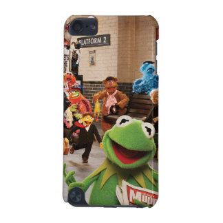 The Muppets Most Wanted | Kermit in Front iPod Touch 5G Case
