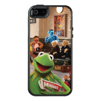 The Muppets Most Wanted | Kermit in Front OtterBox iPhone 5/5s/SE Case