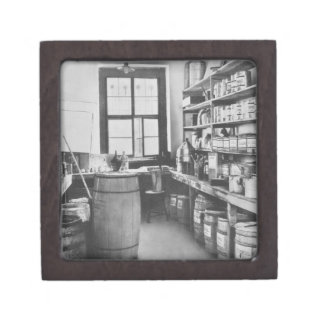 The Mural Studio Storeroom, from the Workshops of Premium Gift Box