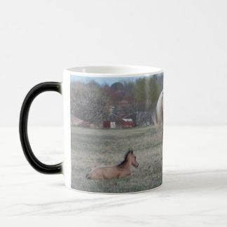 The Newcomer 11 Oz Magic Heat Color-Changing Coffee Mug
