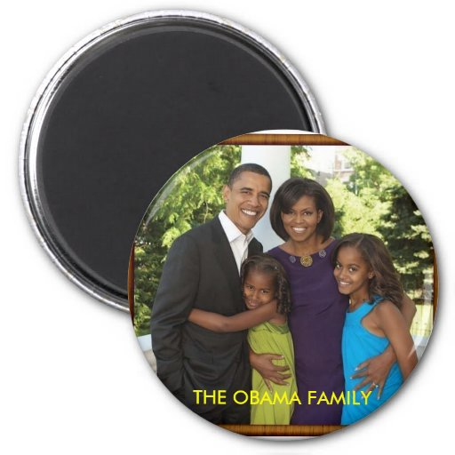 THE OBAMA FAMILY REFRIGERATOR MAGNETS