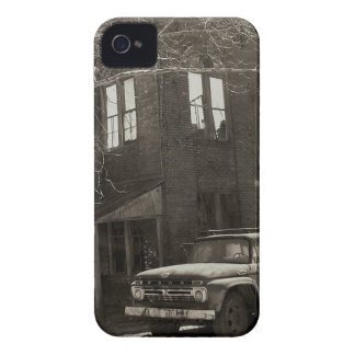 The old factory iPhone 4 case