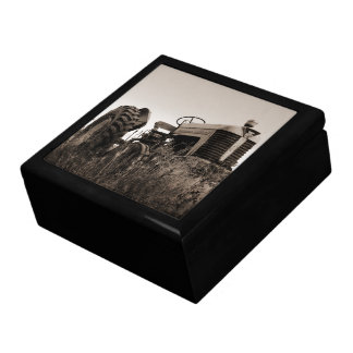The Old Tractor Jewelry Box