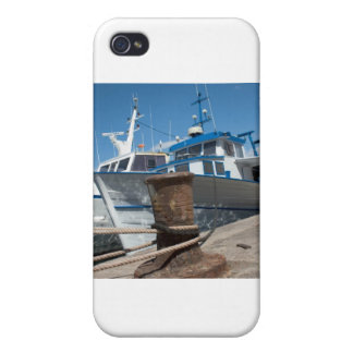 The party is aboard my yacht covers for iPhone 4