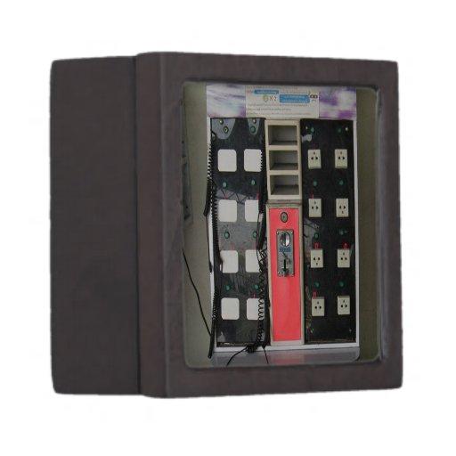 The Power Vendor ... Phone Charge Vending Machine Premium Gift Box
