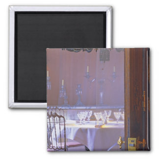 The private dining room with the black crystal 2 inch square magnet
