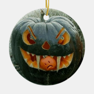 The pumpkin with the garden - ceramic ornament