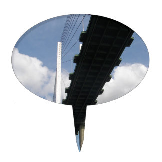 The QE2 Bridge Cake Topper