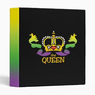 The Queen gets the BIG beads Binder