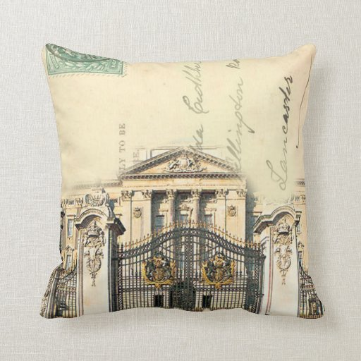 The Queens Home Pillow