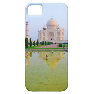The quiet peaceful World Famous Taj Mahal at iPhone SE/5/5s Case
