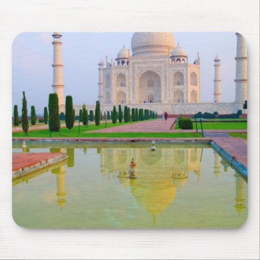 The quiet peaceful World Famous Taj Mahal at Mouse Pad
