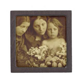 The Return after Three Days, c.1865 (sepia photo) Keepsake Box
