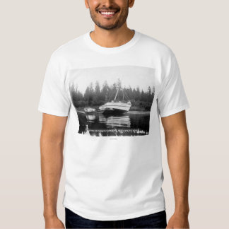 The Rhododendron on Quillayute River T-Shirt
