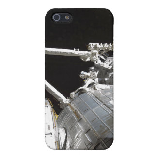 The robotic arm of the Japanese Experiment Modu 2 iPhone SE/5/5s Case