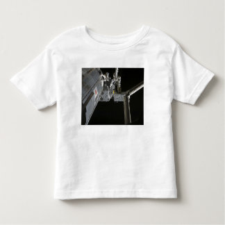 The robotic arm of the Japanese Experiment Modu T-shirt
