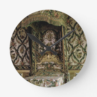 The Royal Bed, probably 18th century (photo) Round Clock