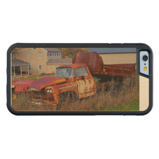 The Rusting Dump Truck Carved® Maple iPhone 6 Bumper Case