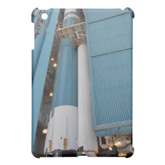 The second solid rocket motor is moved into pla cover for the iPad mini