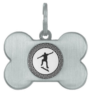 THE SKATE TRACK PET TAG