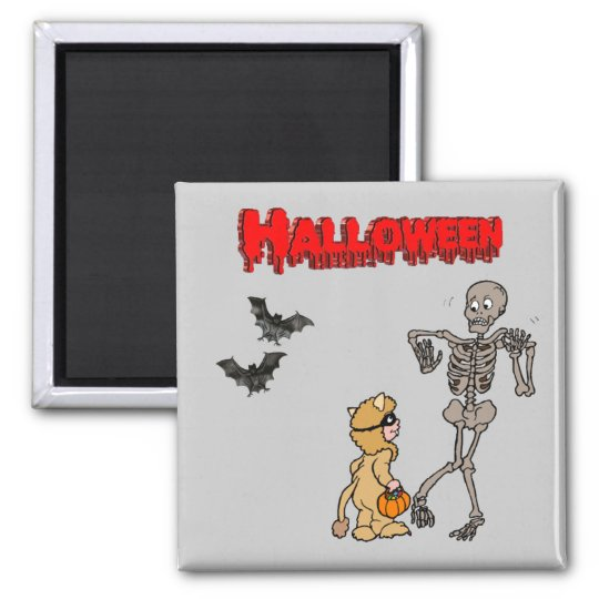 The skeleton is afraid of Halloween - Magnet