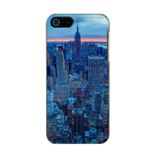 The skyscrapers of Manhattan are lit Metallic Phone Case For iPhone SE/5/5s