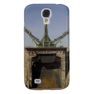 The Soyuz rocket is erected into position 3 Samsung Galaxy S4 Cover