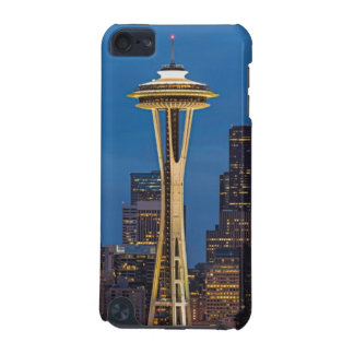 The Space Needle and downtown Seattle iPod Touch (5th Generation) Case