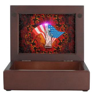 The Statue of Liberty Keepsake Box